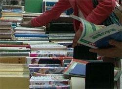 Bücherflohmarkt im Asien-Afrika-Institut