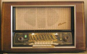Röhrenradio (1954)