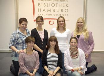 7 Auszubildende zu Fachangestellten für Medien- und Informationsdienste, Fachrichtung Bibliothek