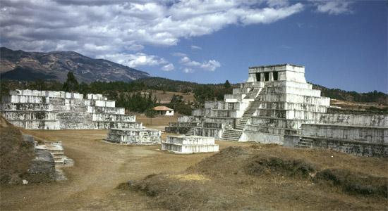 Archäologische Stätte Zaculeu, Huehuetenango, Guatelmala