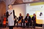 Grußwort Frau Beger, im Hintergrund: Cafe Royal Salonorchester