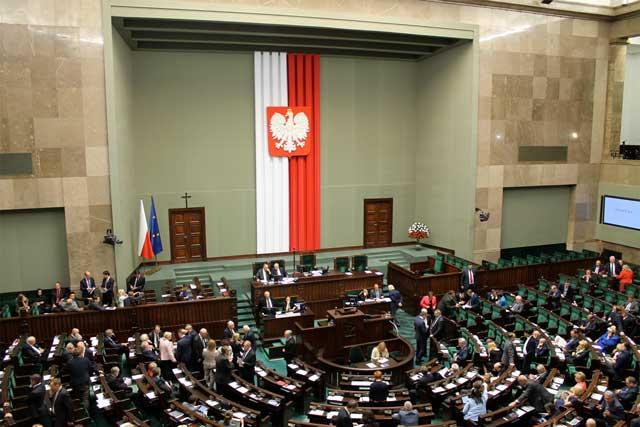 Blick in den Sejm im September 2015 kurz vor den Wahlen