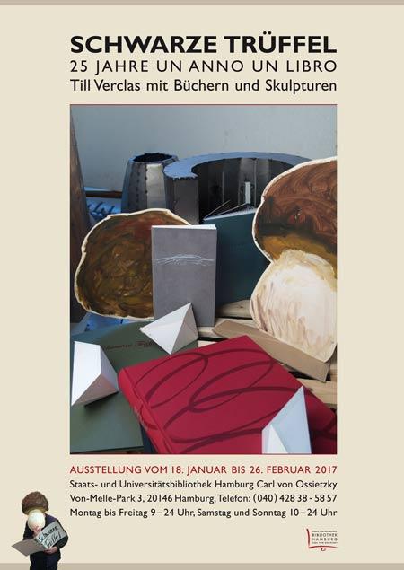 Plakat 'Till Verclas mit Büchern und Skulpturen'