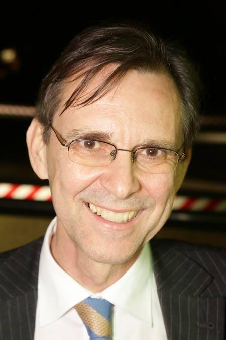 Dr. Bernd Rother