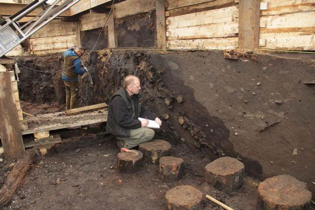 Ausgrabungsarbeiten des Archäologischen Museums Hamburg