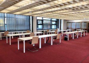 Einzelarbeitsplätze im Lesesaal